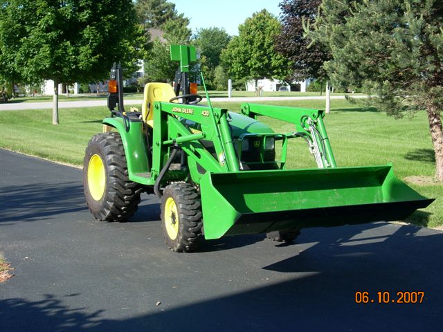 JD 4310 Diesel With 430 Loader.jpg