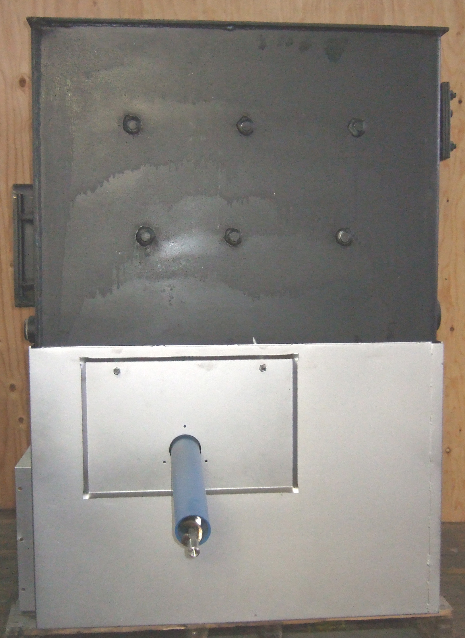1boiler-on-base-bin-feed-si.jpg