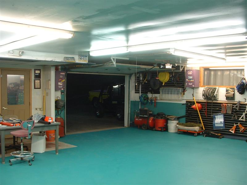 GARAGE FLOOR REDONE 013 (Medium).jpg