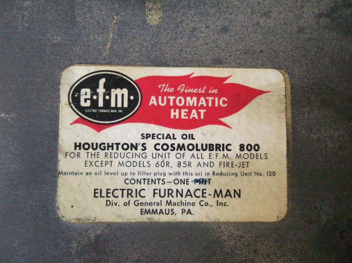 stoker gearbox oil label, old cast iron box.JPG