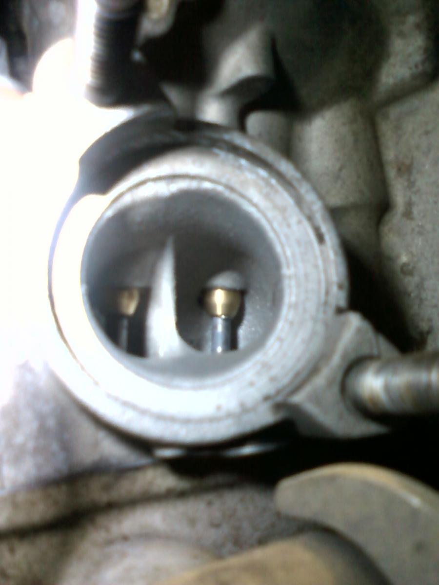 RM-Z250 head work, valve guides thru exhaust port.jpg