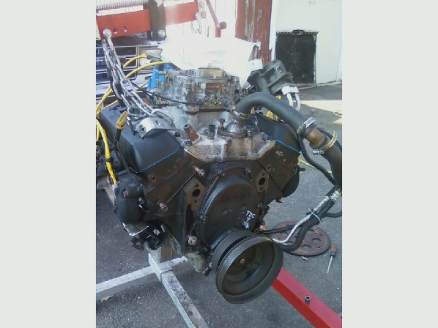 Blazer engine, going in.jpg