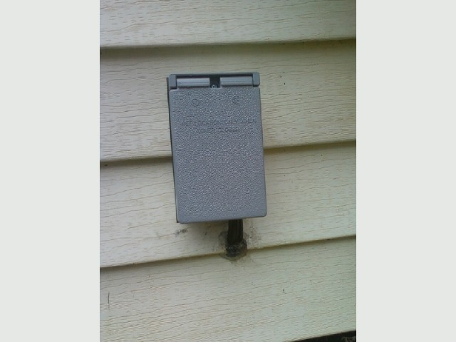 Welder outlet,  outdoor outlet, outside.jpg