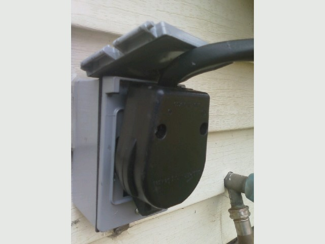 Welder outlet,  outdoor outlet, outside, plug.jpg
