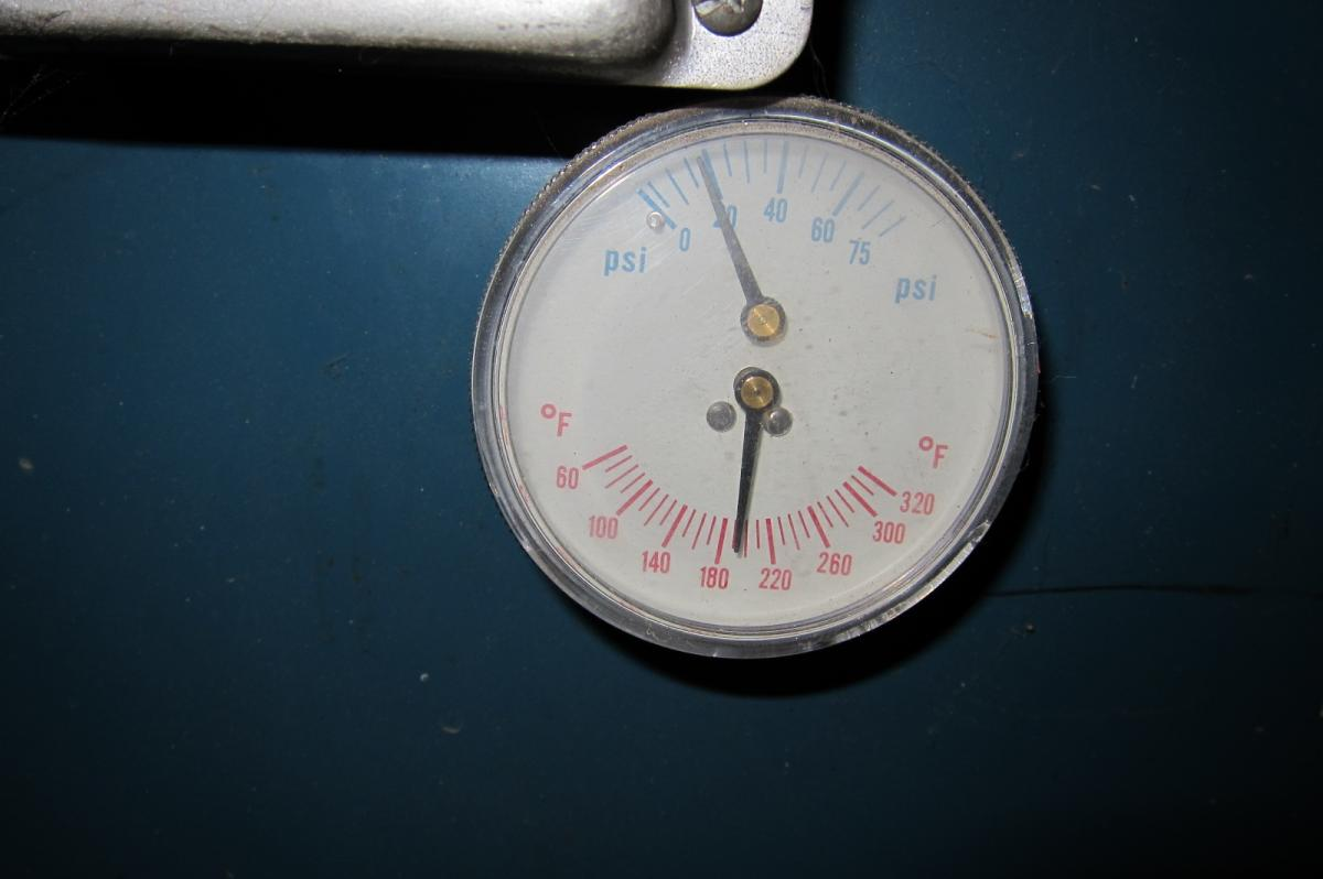 Stove temp, January '13 (5).JPG