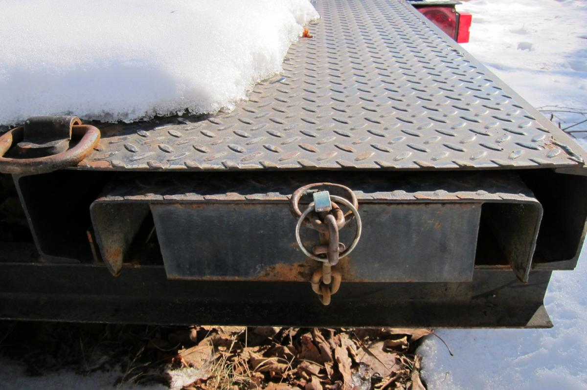 Trailer, flatbed, ramps.JPG