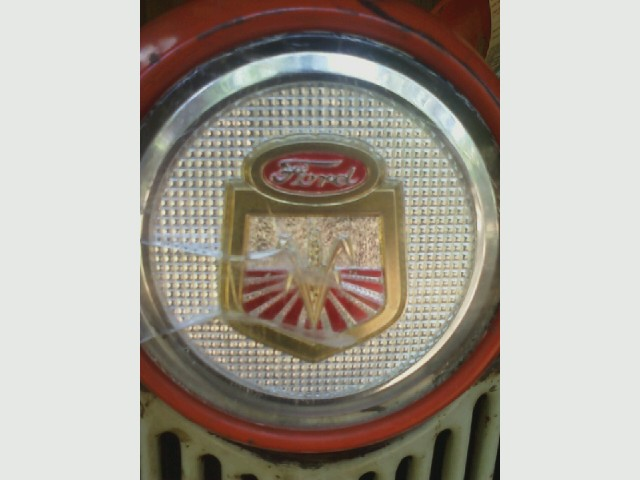 '61 ford 631 tractor, front emblem.jpg