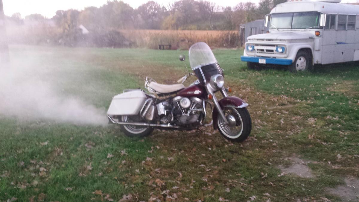 '64 Panhead on a cool morning, Oct. 2014.jpg